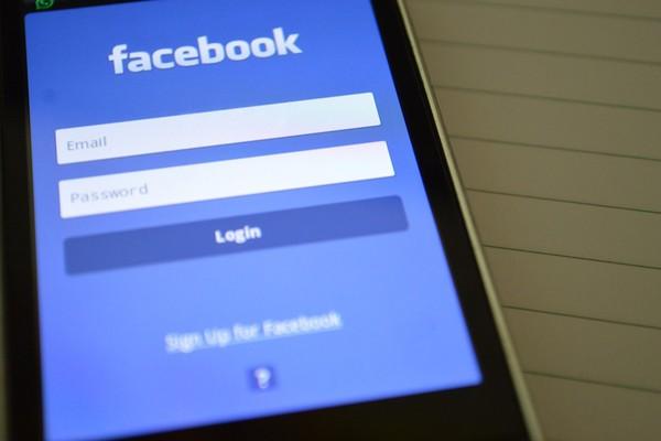 facebook-sentuh